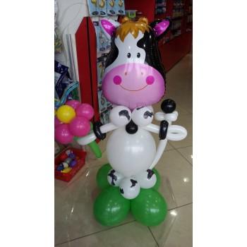 Фігура з кульок Корова