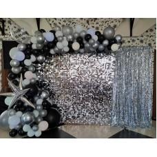 Фотозона пайєтки срібні на день народження
