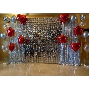 Жива стіна срібна з гелієвими кульками