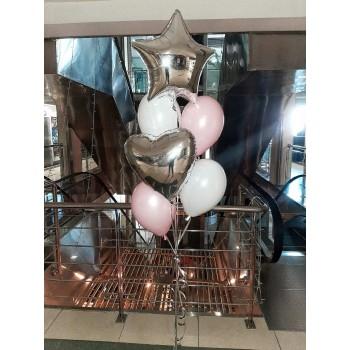 Фонтан срібно рожевих кульок