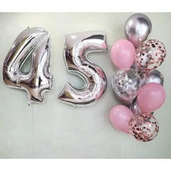 Набір кульок на 45 років