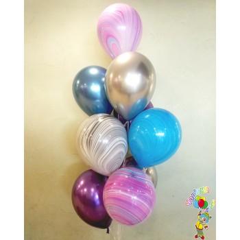Фонтан хромованих кульок